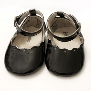 VGUC Baby Gap Black Patent Leather Dress Shoes